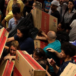 Our five tips for managing your spending this Black Friday